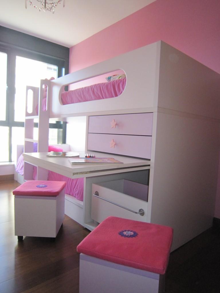 Módulo a juego con el armario Princesas.