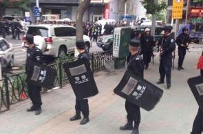 Decenas de civiles muertos o heridos por un ataque con cuchillos en Xinjiang