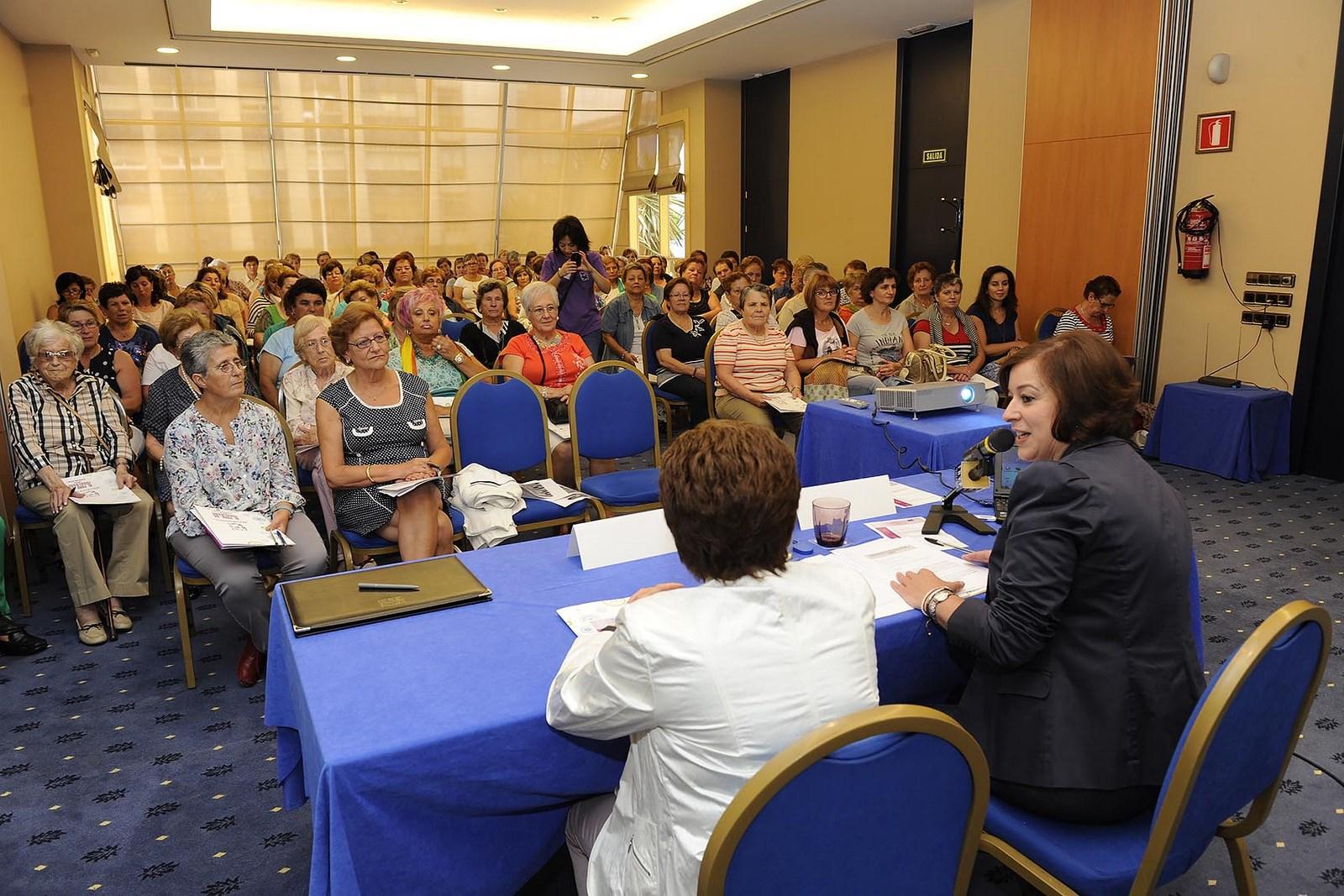 A secretaria xeral de Igualdade, Susana López Abella participou hoxe na á inauguración do XI Foro da Igualdade da Federación de Mulleres Rurais de Ourense