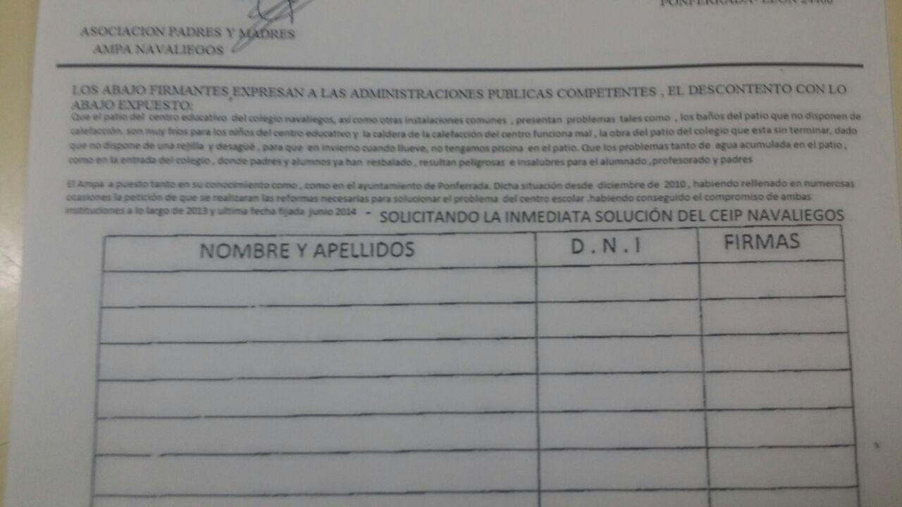 CEIP Navaliegos recogida firmas