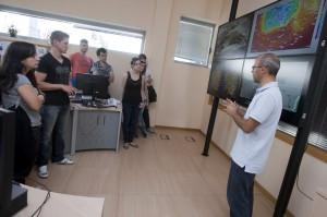 Un grupo de 15 estudantes do curso de Eficiencia enerxética de edificios visitaron hoxe as instalacións de MeteoGalicia  Autor: Ana Varela