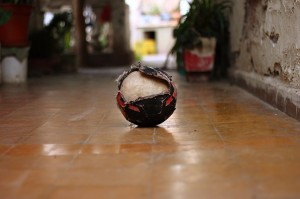 balon de futbol roto
