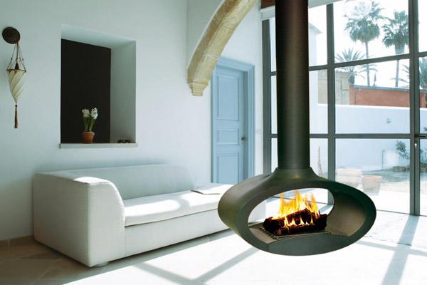 Esta imagen nos muestra una chimenea poco convencional por su estética. Foto Yesca.es