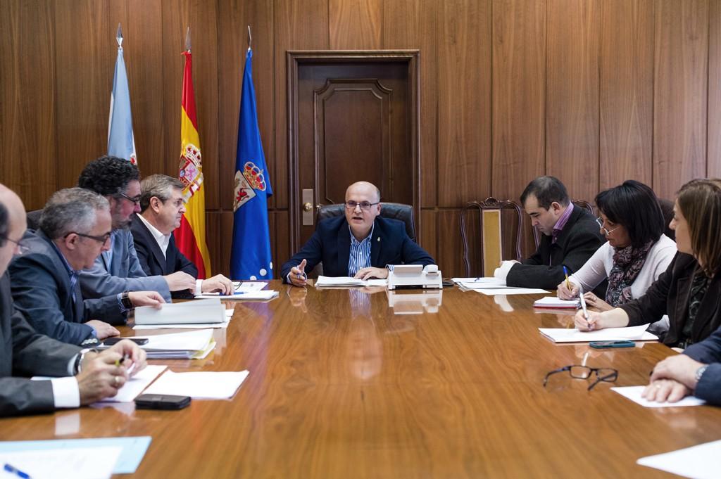 Manuel Baltar, presidindo a reunión - INORDE