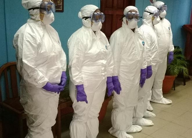 Trajes anti ebola