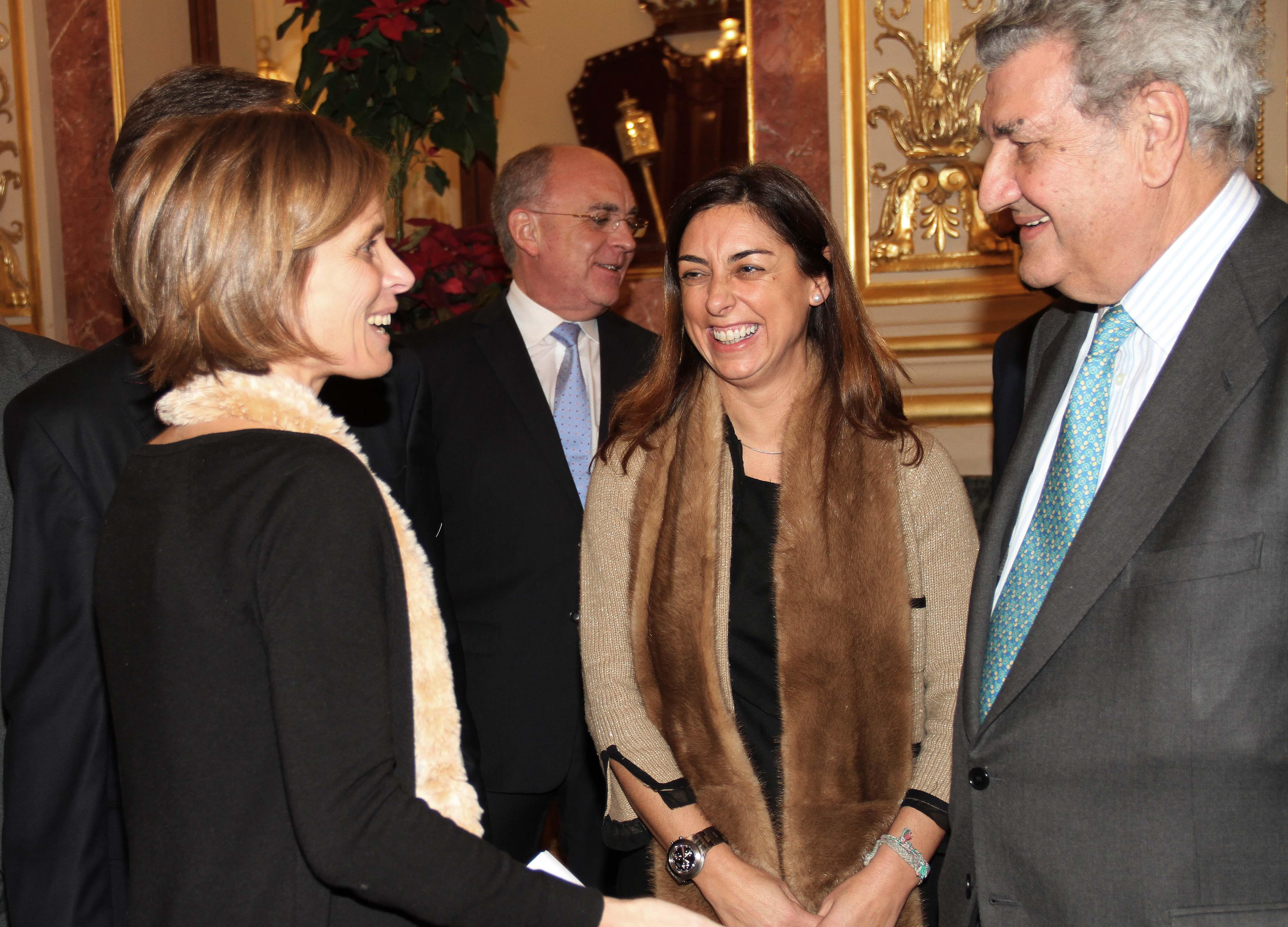 La directora de Turismo de Galicia, Nava Castro, participó en el acto de constitución de la Asociación Parlamentaria Amigos del Camino de Santiago