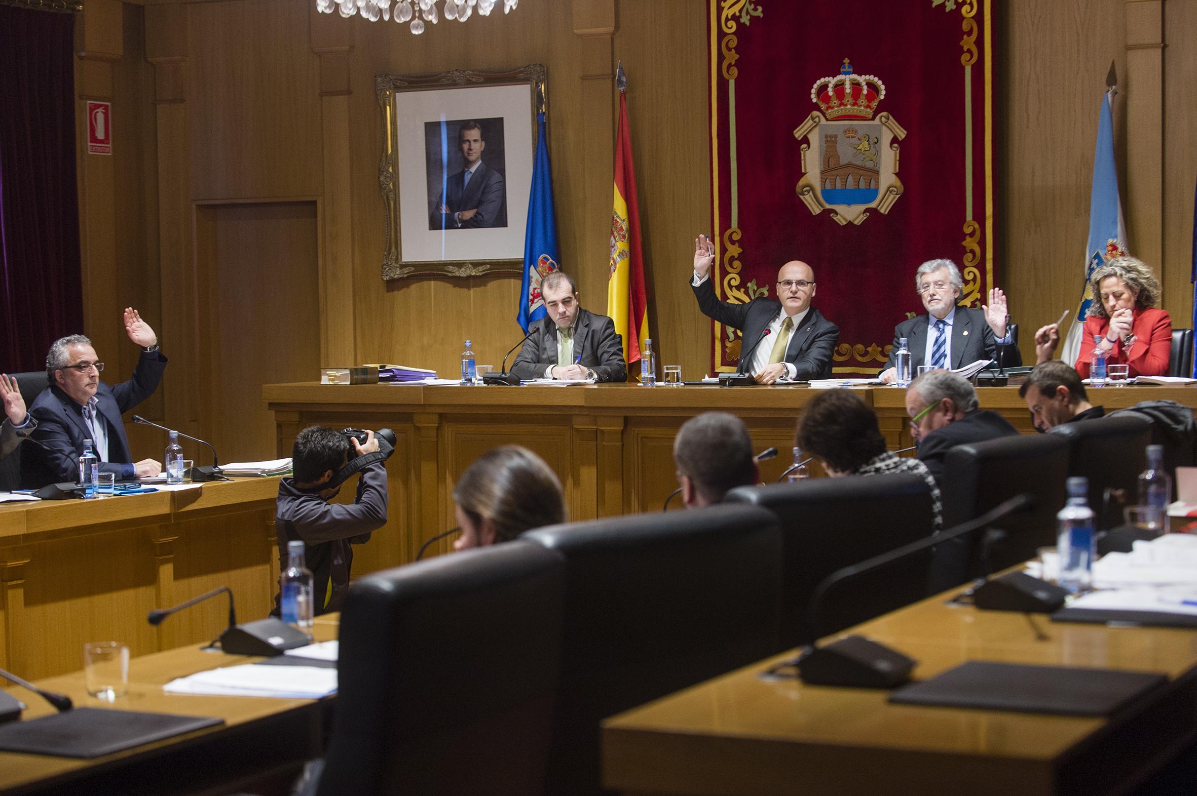 Pleno ordinario correspondente ó mes de decembro de 2014.