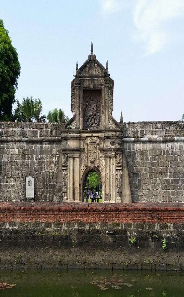 Porta da fortificación de Santiago - Intramuros Manila