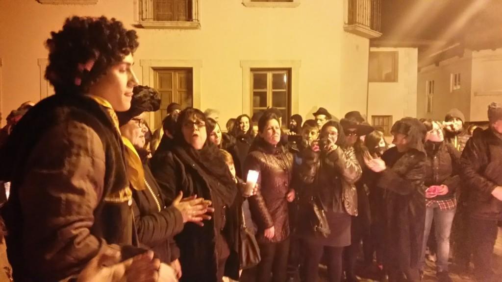 publico entierro sardina entroido a rua