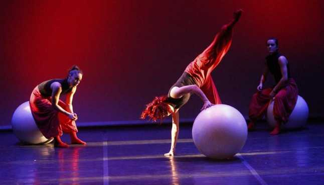 La danza y su pequeño público1