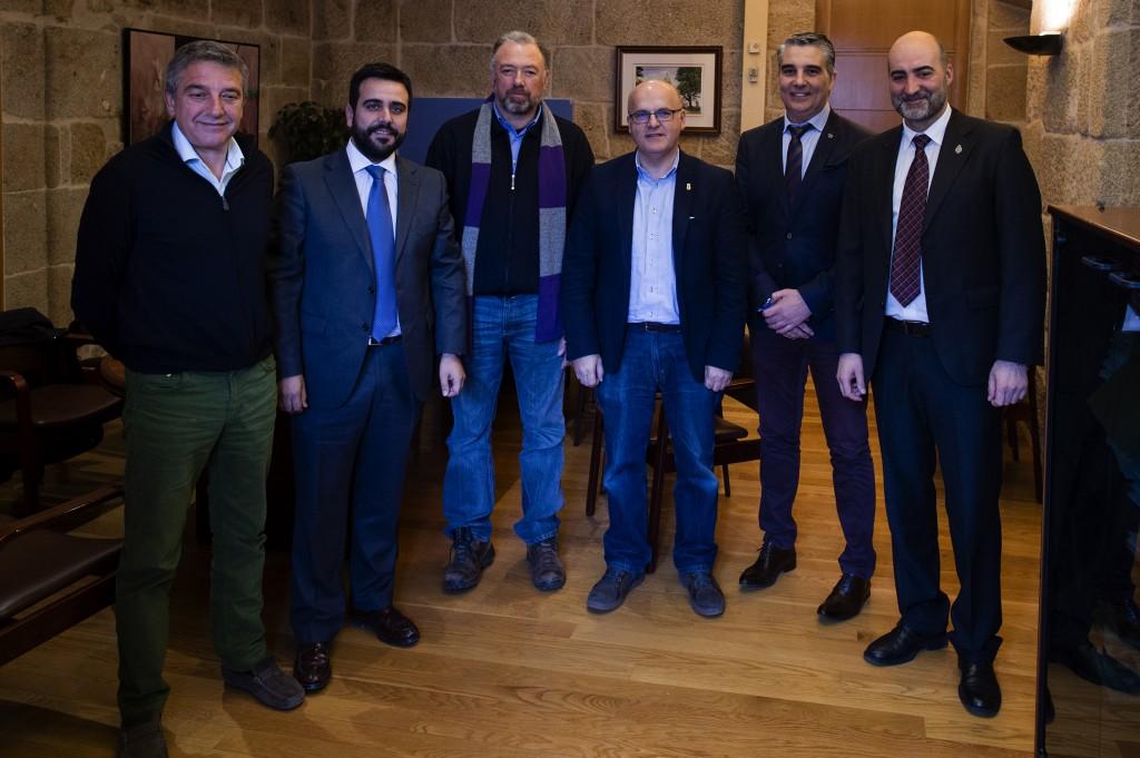 Manuel Baltar cos presidentes dos catro consellos reguladores de Ourense