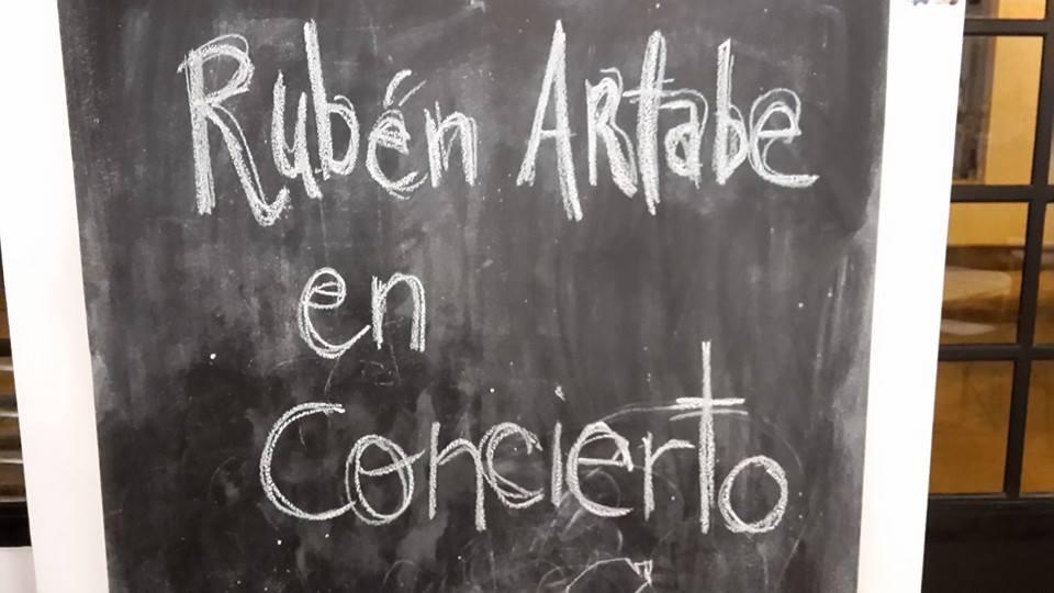 Foto FB Oficial Rubén Artade