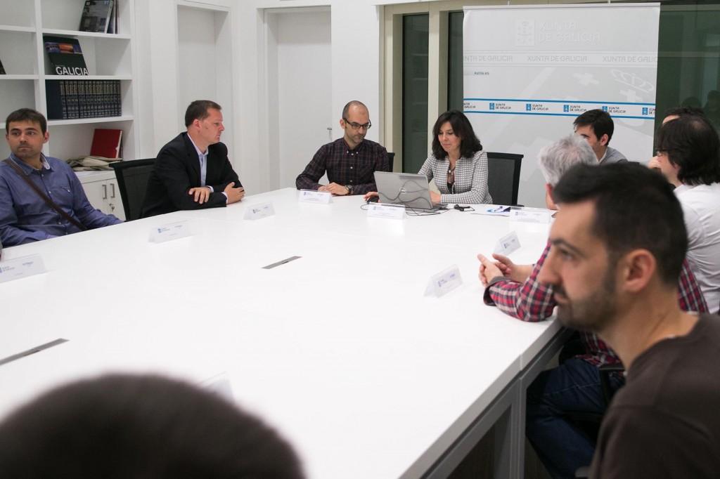 A directora da Axencia para a Modernización Tecnolóxica de Galicia, Mar Pereira, asinará os respectivos convenios de colaboración co Consorcio para o desenvolvemento de aplicacións Informáticas de Xestión Universitaria de Galicia (CIXUG), a Asociación de Empresas Galegas de Software Libre (Agasol), e seis asociacións de usuarios de software libre de Galicia (AGUSL) para a posta en marcha de actuacións do Plan de software libre 2015. Sala de xuntas da Amtega, 2º andar do edificio CINC, Cidade da Cultura (monte Gaiás).  foto xoán crespo 13/05/15
