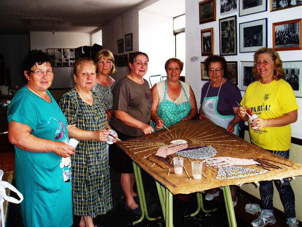 Antonia, Raquel, Carmen, Fina, Concha, Pepita y Carmen