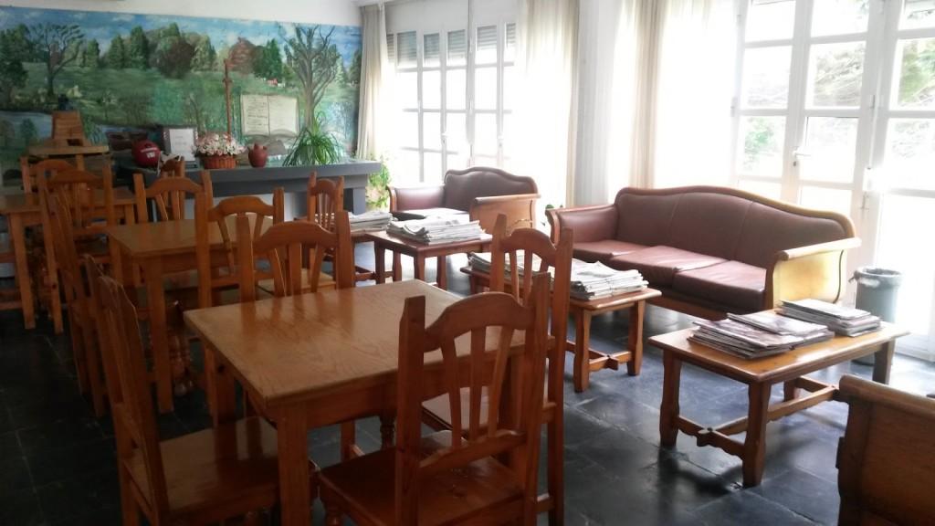 Sala de lectura del centro social