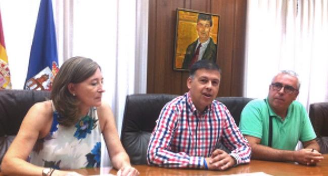 Manuel Baltar, cos directivos de Morea e Miguel Santalices