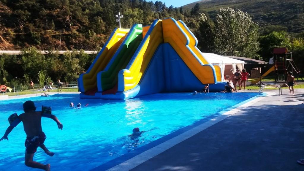 hinchables piscinas sobradelo carballeda