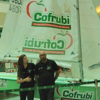 Elena Martínez y Raúl García en la presentación del Cofrubi
