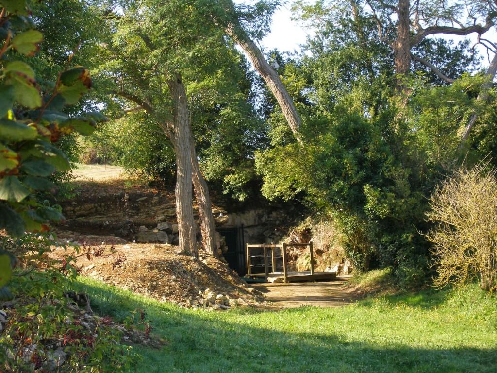 Entrada a la cueva de Altamira