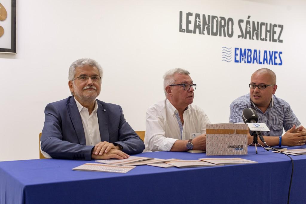 Presentación da obra Embalaxes, de Leandro Sánchez