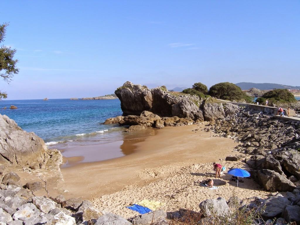 Cala en Isla (Cantabria)