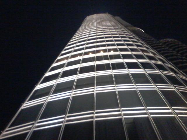 El Burj Khalifa, el edificio más alto del mundo (829,8 metros)