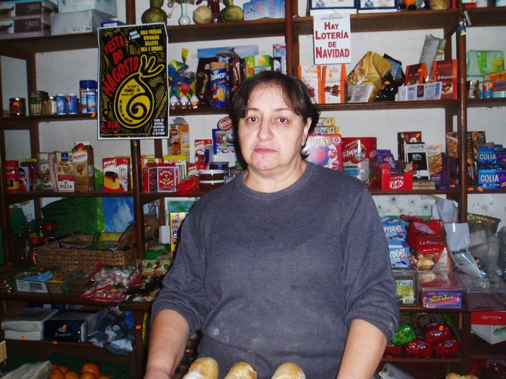 Fina Alvarez, propietaria del comercio de A Rúa Vella