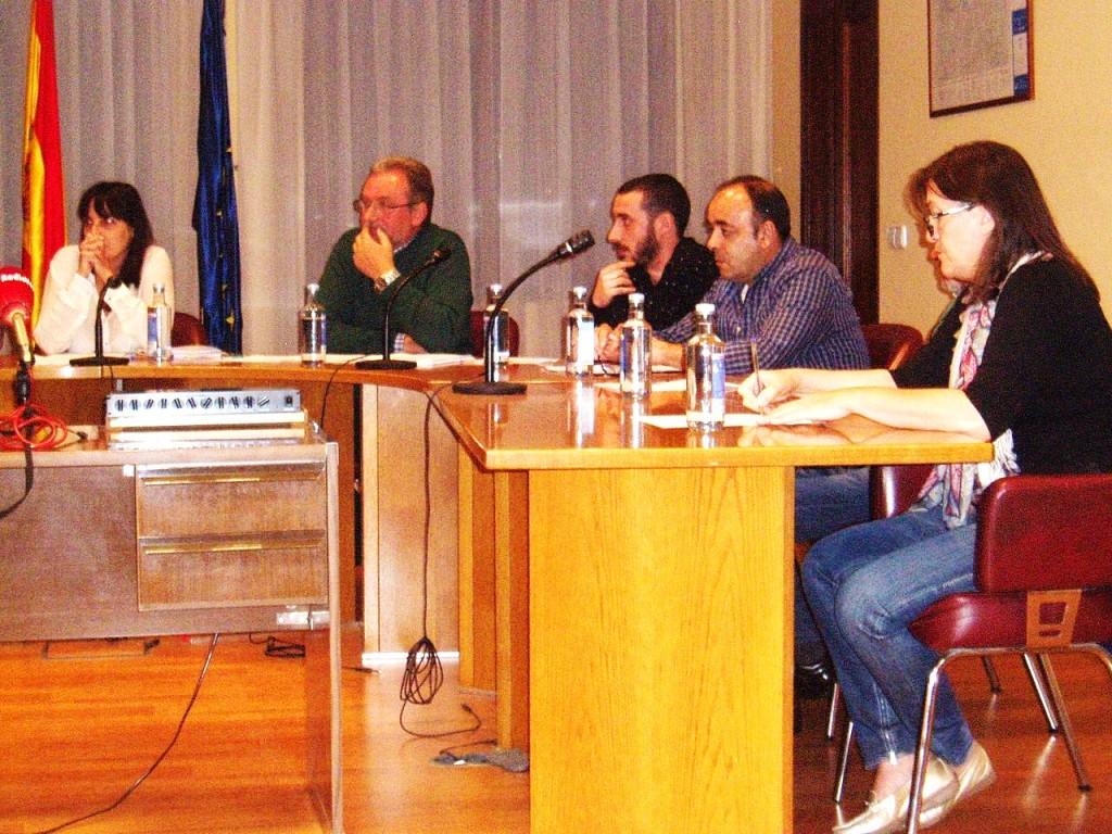 Grupo de gobierno de A Rúa en el pleno