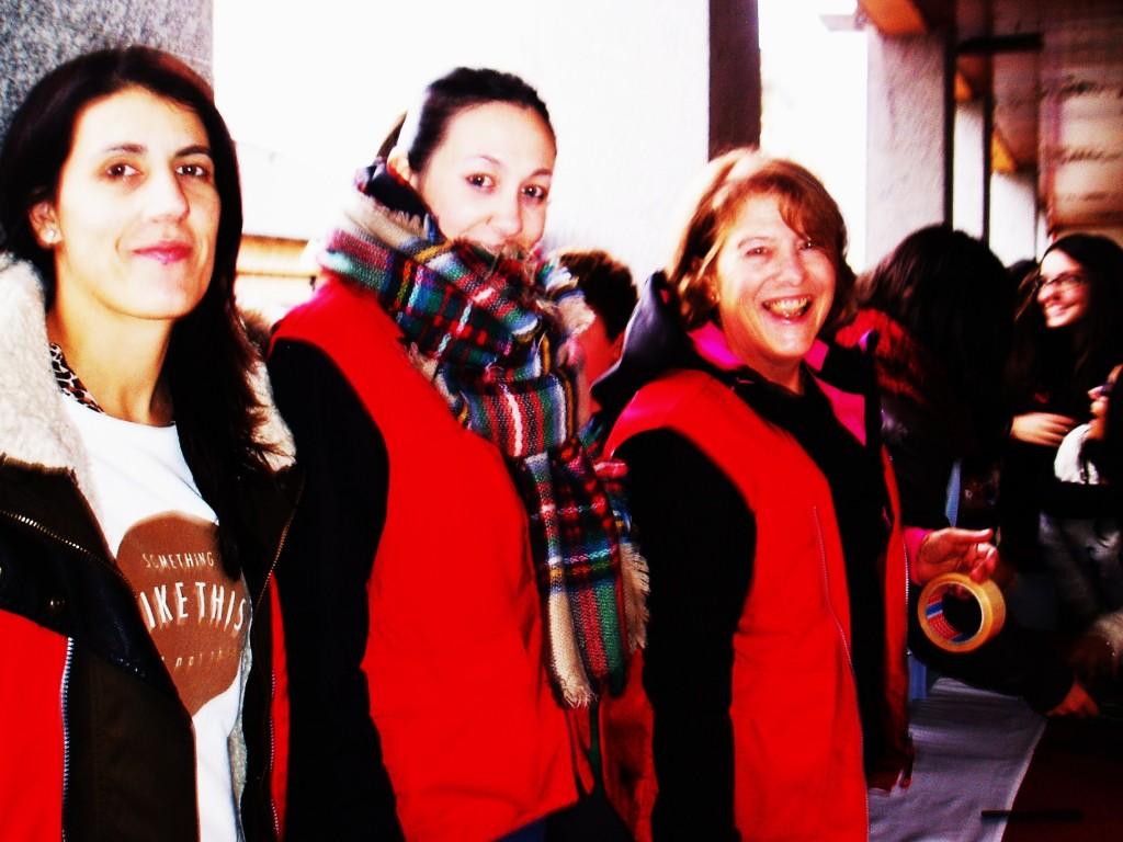 Lucía Fernández, Noelia Mayo y Marga Iglesias, de Cruz Roja