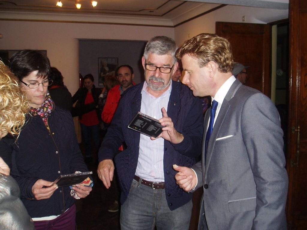 Moriatov aclara dudas al público sobre sus discos