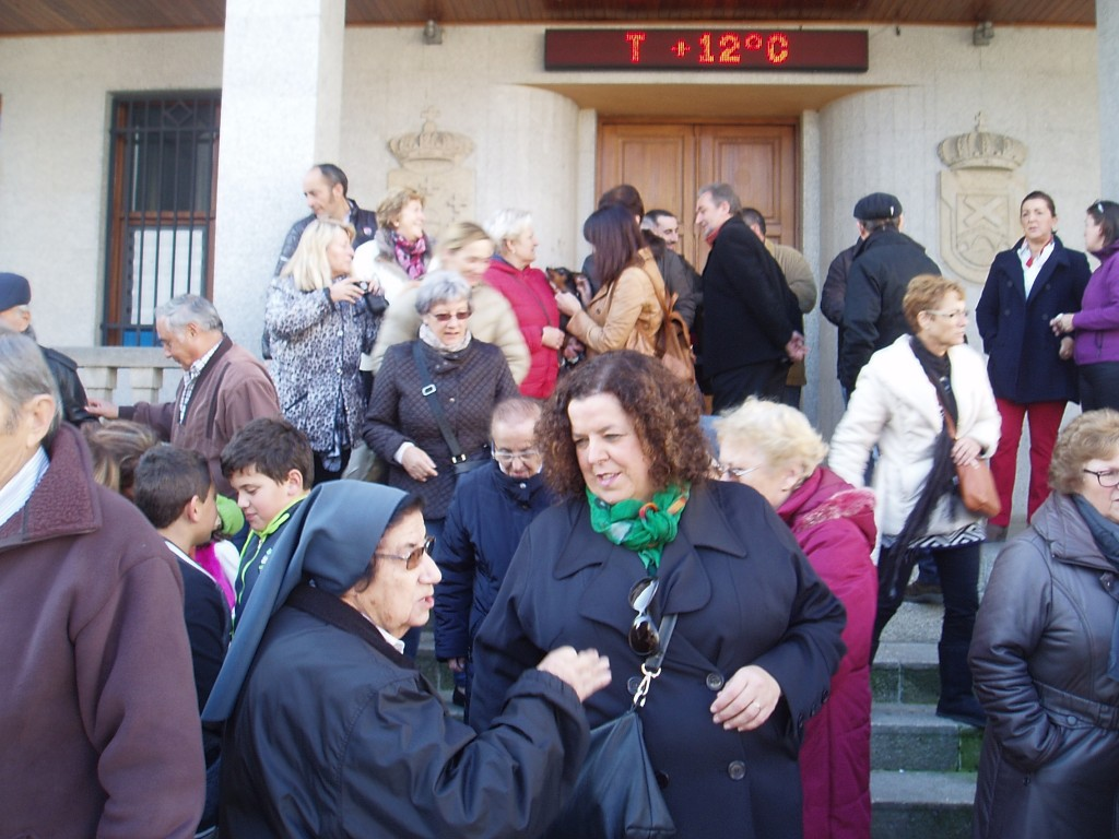 Participantes en la concentración de A Rúa