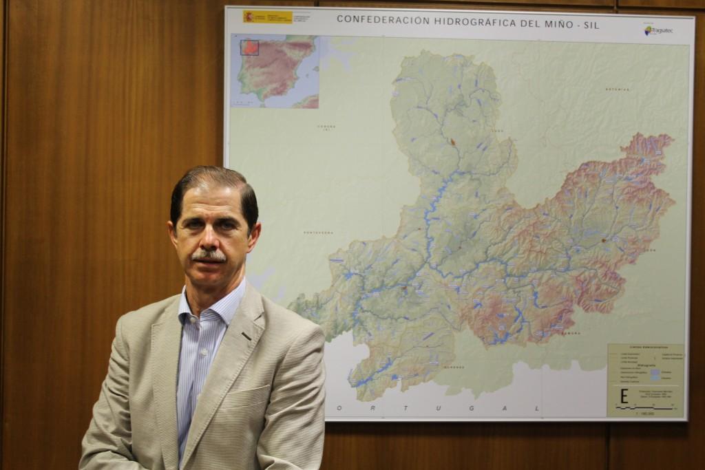 Francisco Marín Muñoz, Presidente de la Confederación Hidrográfica Miño-Sil en su despecho sito en Ourense