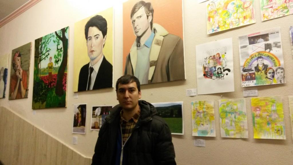 Roberto Álvarez en su exposición en A Rúa