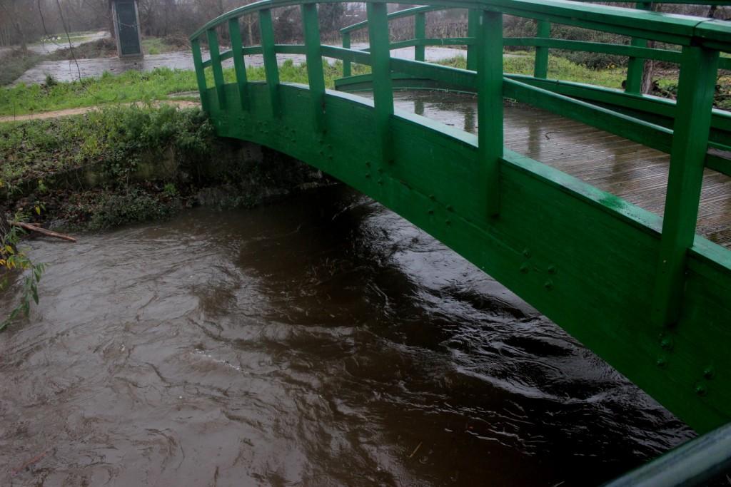 Nivel de agua sobre el Arroyo Mariñán en Calabagueiros