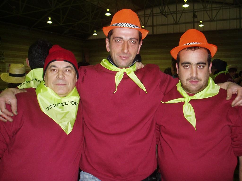 res miembros del Folión de Vilamartín Os Viticultores