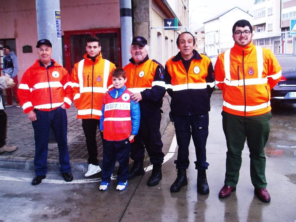 Una parte de los miembros de Protección Civil de A Rúa