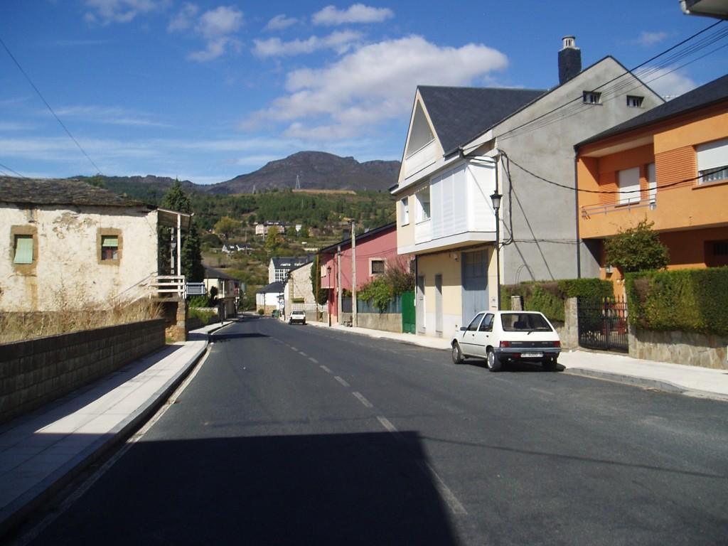 Vista de la travesía de Petín