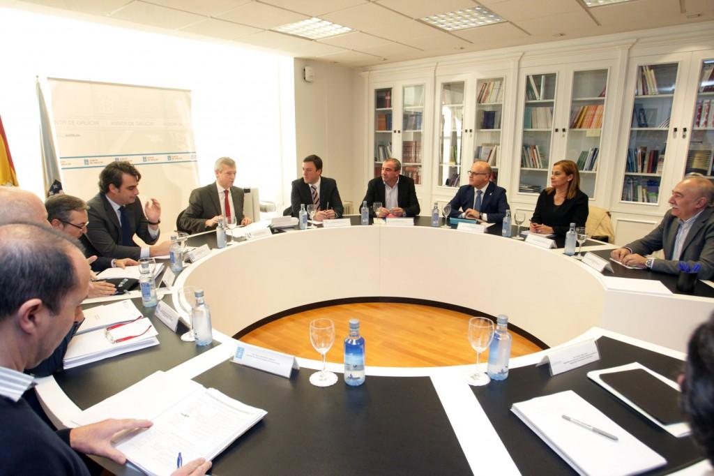 El vicepresidente de la Xunta, Alfonso Rueda, mantuvo ayer un encuentro con los presidentes de las cuatro Diputaciones Provinciales  Autor: Conchi Paz