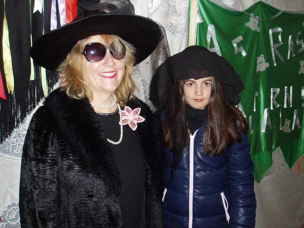 Dos mujeres plañideras