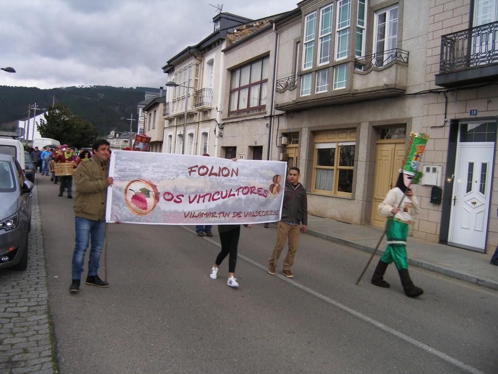 Folión en el desfile de Vilamartín