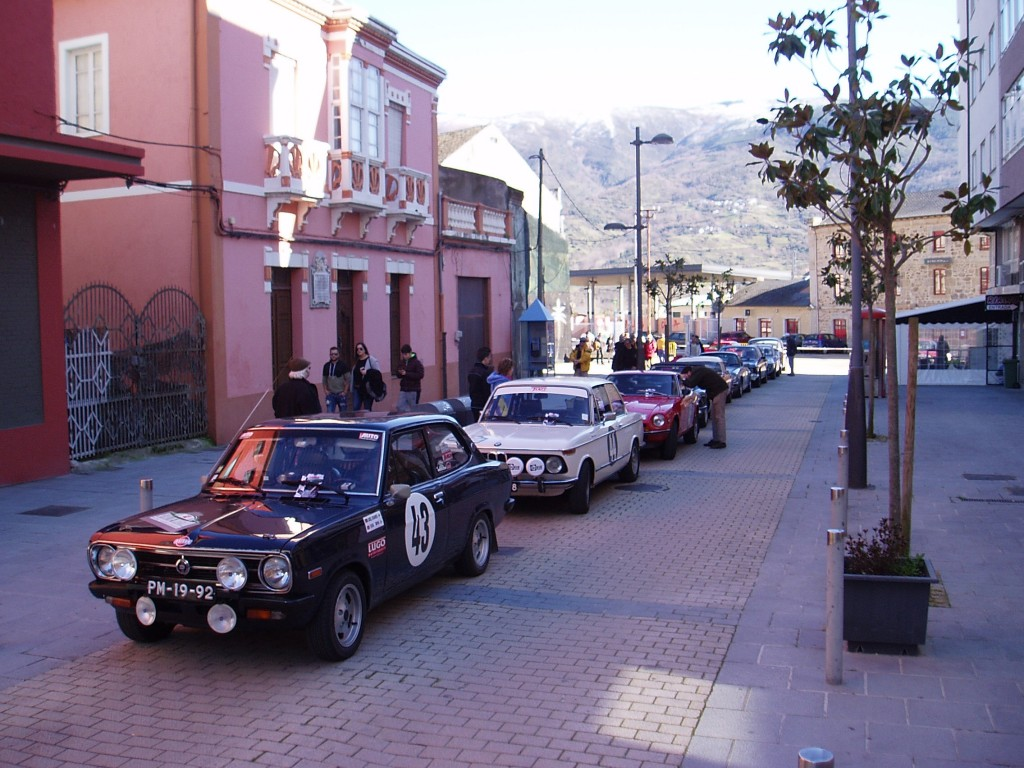 Más coches clásicos