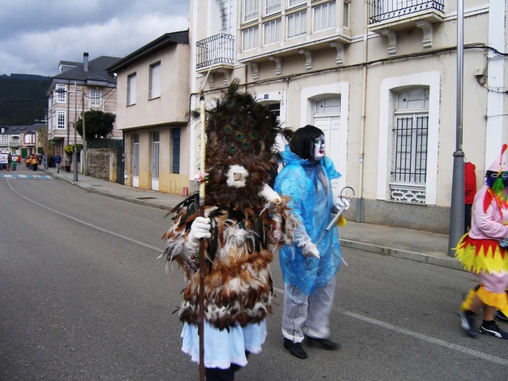 Máscaras en Vilamartín