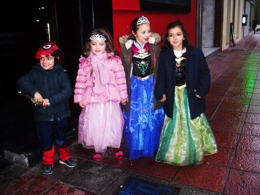 Spiderman y las tres princesas