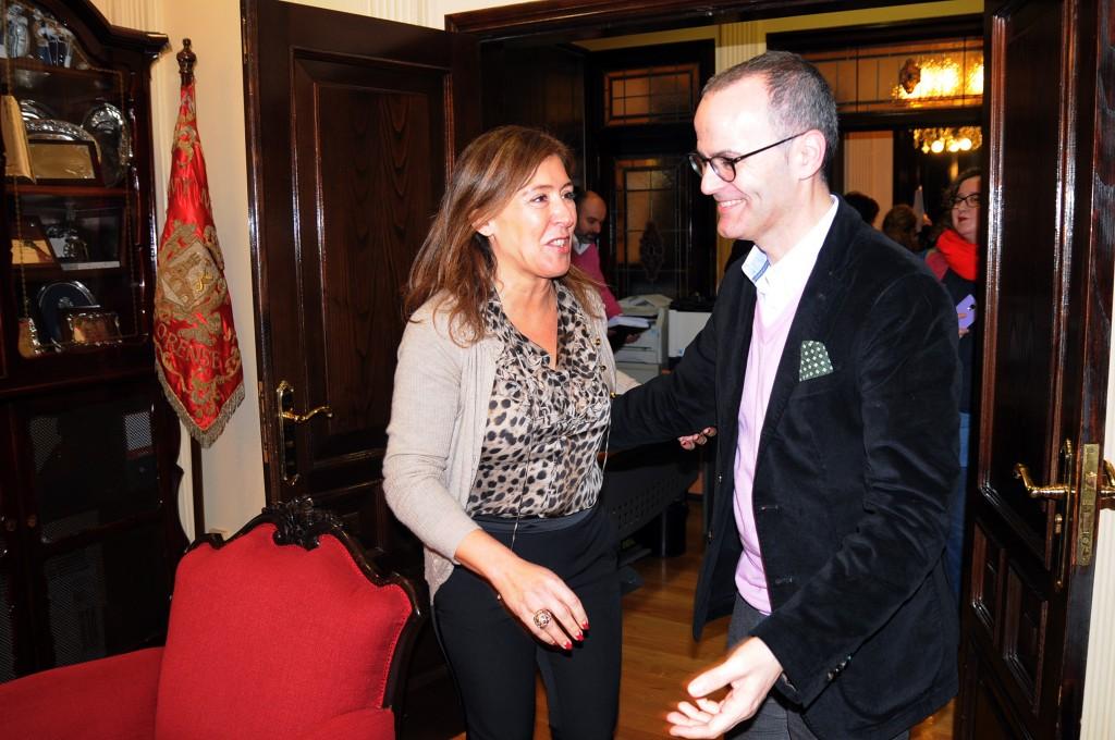 A conselleira de Medio Ambiente e o alcalde da cidade das Burgas mantiveron un encontro no que analizaron proxectos de interese para a cidade