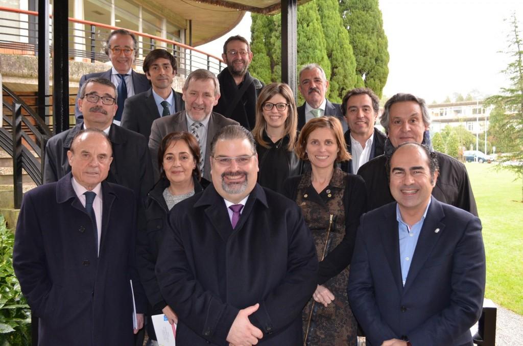 Nava Castro, mantuvo una reunión con el presidente del Clúster de Turismo de Galicia y diversos representantes del sector