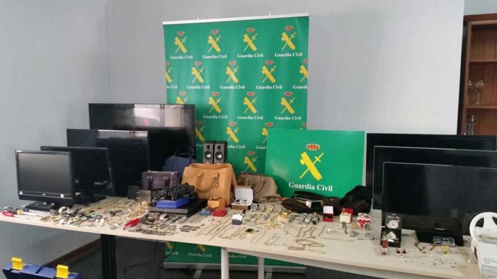 Objetos recuperados por la Guardia Civil de Ourense