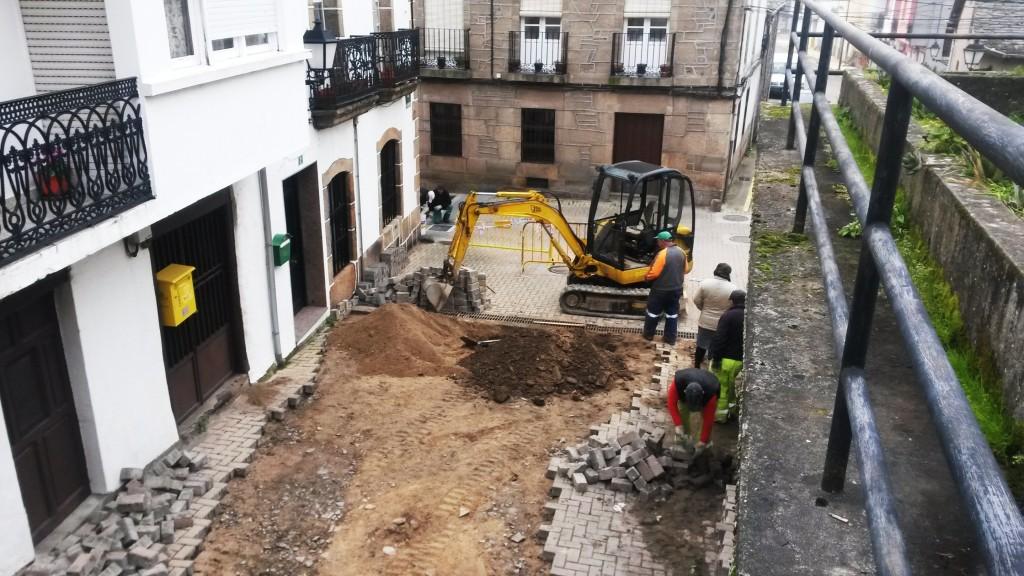 Obras en la calle As Guindeiras