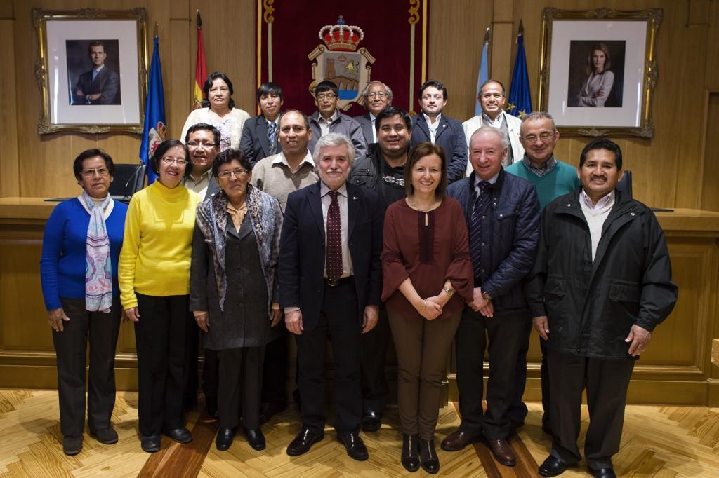 Profesores da Universidade Nacional Hermilio Valdizán-Huácano de Perú visitaron a Deputación
