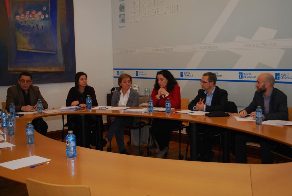 A Consellería do Medio Rural acolleu un encontro entre distintos departamentos da Xunta de Galicia, implicados na loita contra a vespa velutina