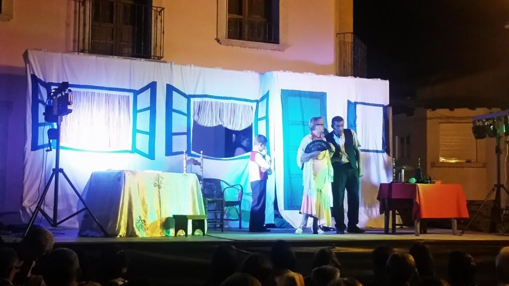A Ruada haciendo una obra de teatro